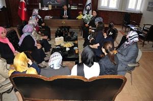 AK Parti Kadın Kollarından Başkan Çalışkan a Ziyaret