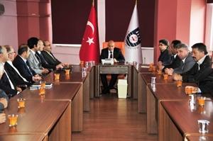 AK Parti Karaman İlçe Teşkilatından Çalışkan a Ziyaret
