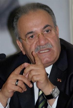 AK Parti li Uslu dan Kılıç a Tepki
