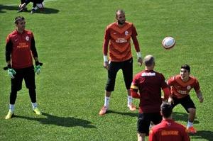 Galatasaray da Bursaspor Maçının Hazırlıkları Sürüyor