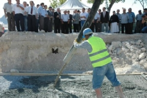 Karaman Belediye Başkanı Çalışkan, Cami İnşaatını …