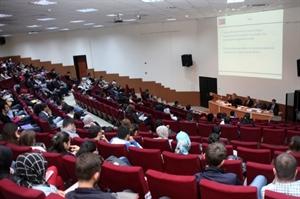 Kmü de Türkiye ve AB İlişkileri Konuşuldu