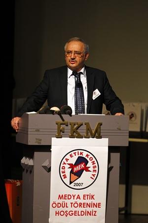 Medya Etik Konseyi nden Cihan a Ödül
