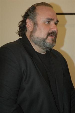 Ünlü Tenor Aysev, Rafet El Roman ile Albüm Çıkaracak