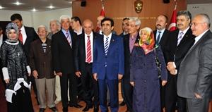 Vali Güzeloğlu Başkan Çalışkan ı Ziyaret Etti